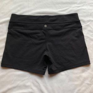 Lululemon cycle shorts EUC